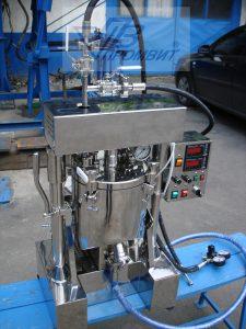 s-vneshnim-konturom-laboratornyj-reaktor_0