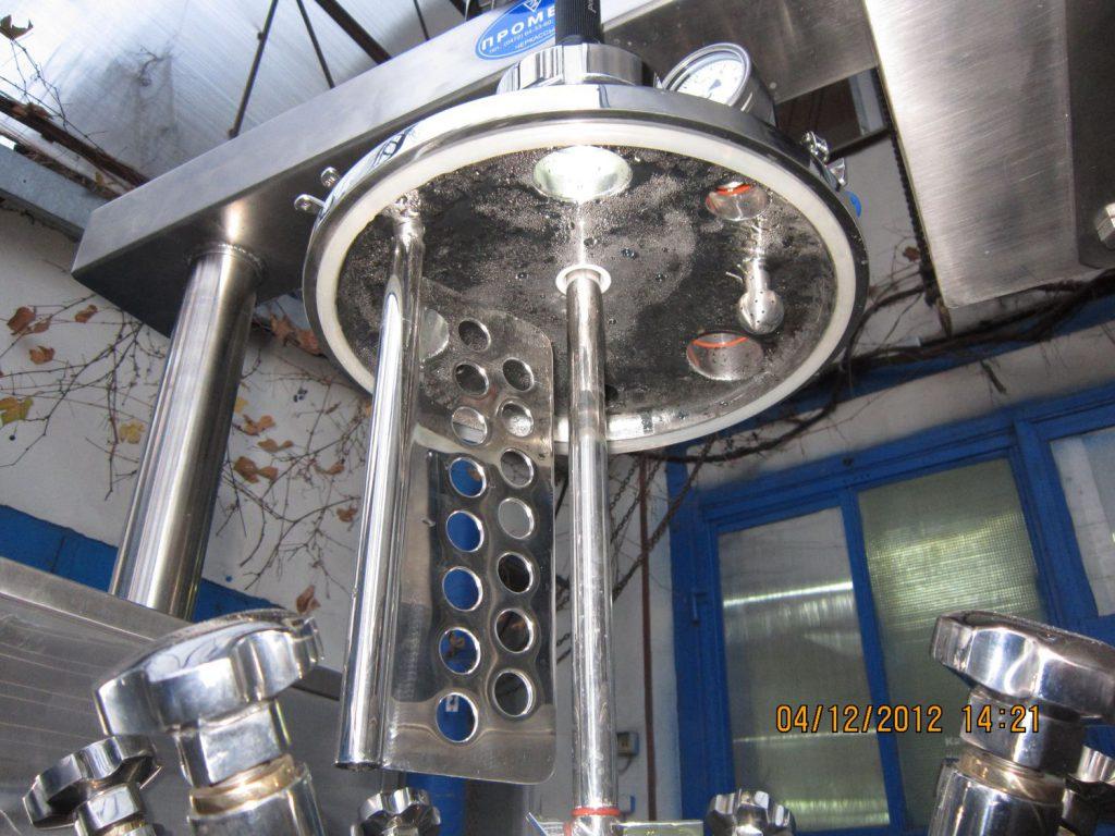 kryshka-farmacevticheskogo-reaktora-na-20-l-gmp