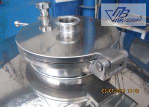 tri-klamp-soedineniya-kryshki-reaktora_0
