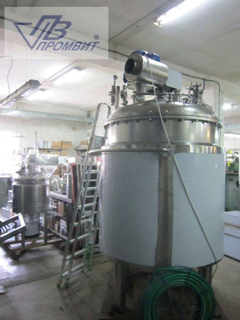 Реактор під тиск і вакуумом